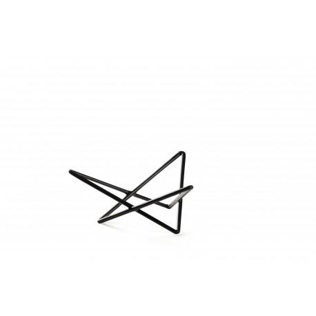 Stends trīsstūrveida neslīdošs 26.5*23*20